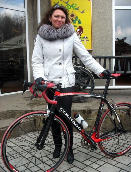 Чемпионка, рекордсменка и классный медик. День рождения врача велокоманды ISD Continental Team Елены Дорофеевой