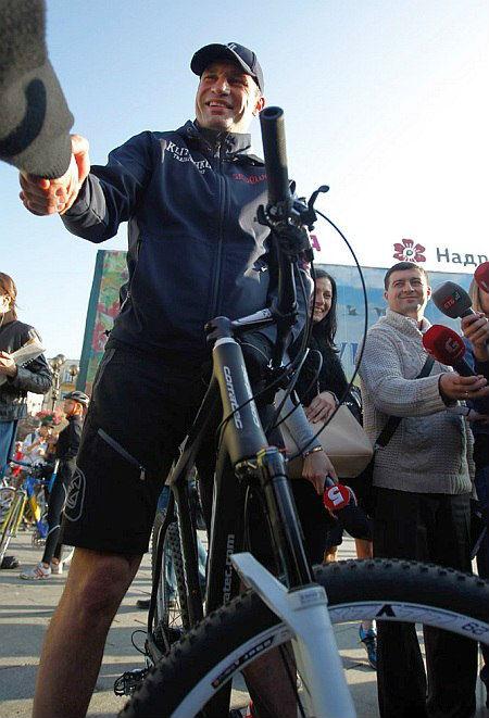 Виталий Кличко: «К велодорожкам в Киеве приступим после ремонта дорог»
