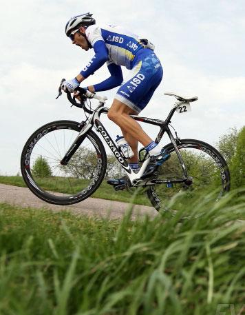 Анатолий Пахтусов в числе преследователей лидера 6-го этапа «Тура Гваделупы»
